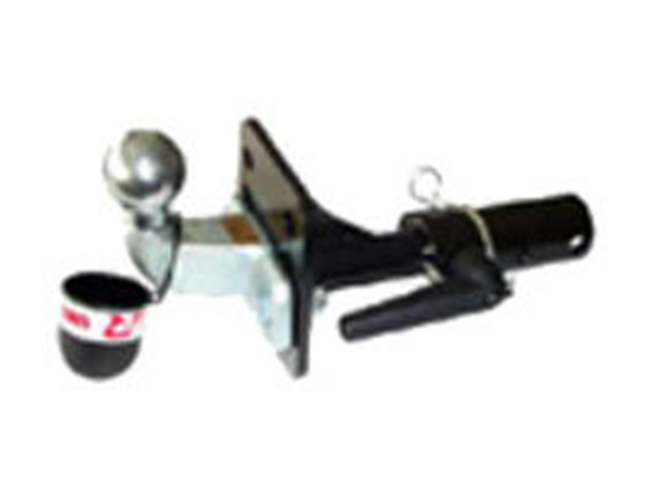 Montaggio-attacco-carrello-auto-carpi
